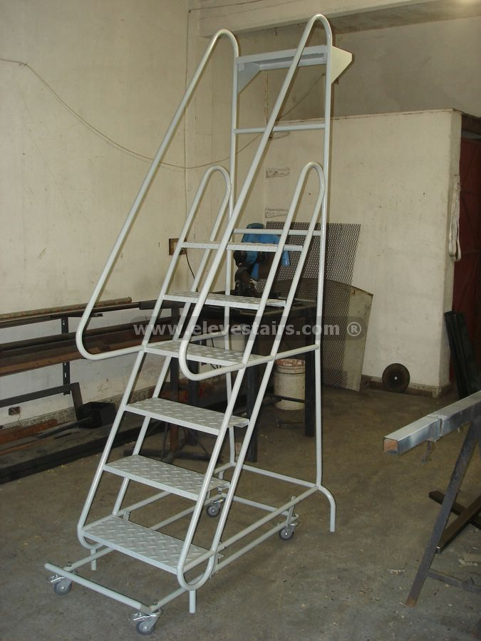 Superior Portable Ladders Warehouse Stairs Rolling Ladders