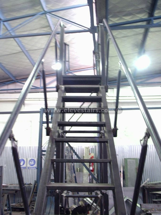 We Develop Rolling Ladders For Warehouse And Storage. Versatile For  Traveling Between Shelves Of Storage In Warehouses, Distribution Centers  And Logistics ...