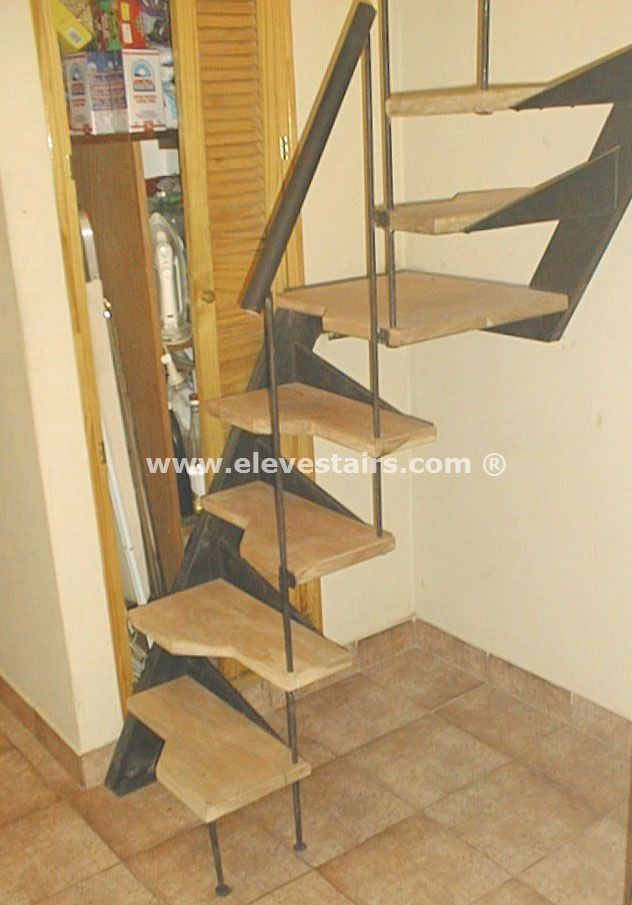 Special straight stairs eleve kit modular wood steel for Escaleras para espacios pequenos